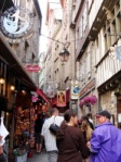 Lines of souvenir shops, restaurants and small inns beautify the island's narrow street.